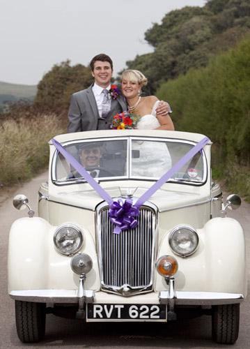 Wedding photographer Dorset car