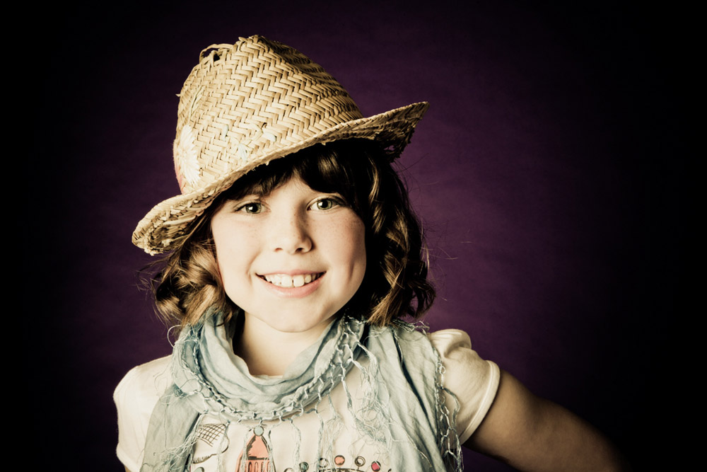 Family portrait photography Dorchester Dorset girl straw hat